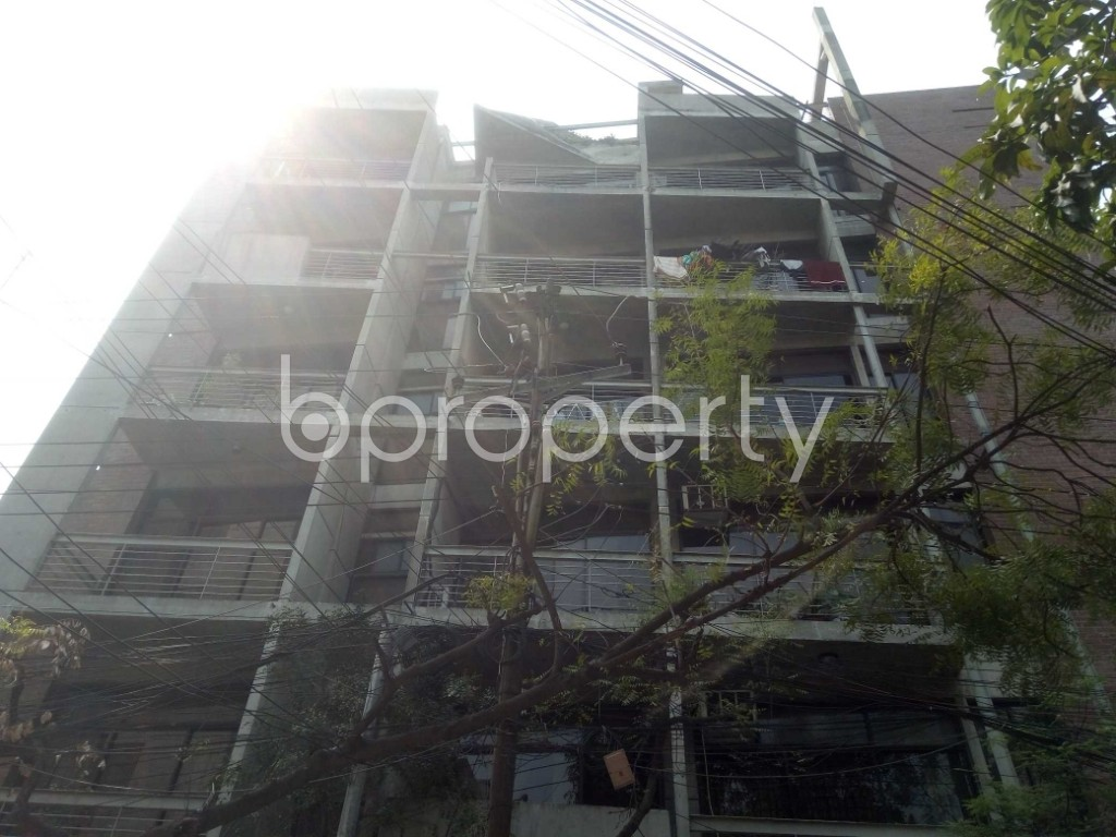 Front view - 3 Bed Apartment to Rent in Lalmatia, Dhaka - 1865273