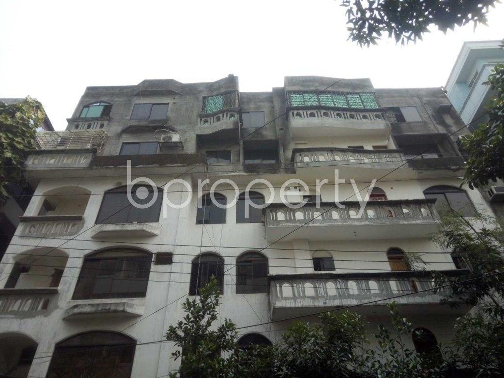 Front view - 4 Bed Apartment to Rent in Baridhara DOHS, Dhaka - 1865427