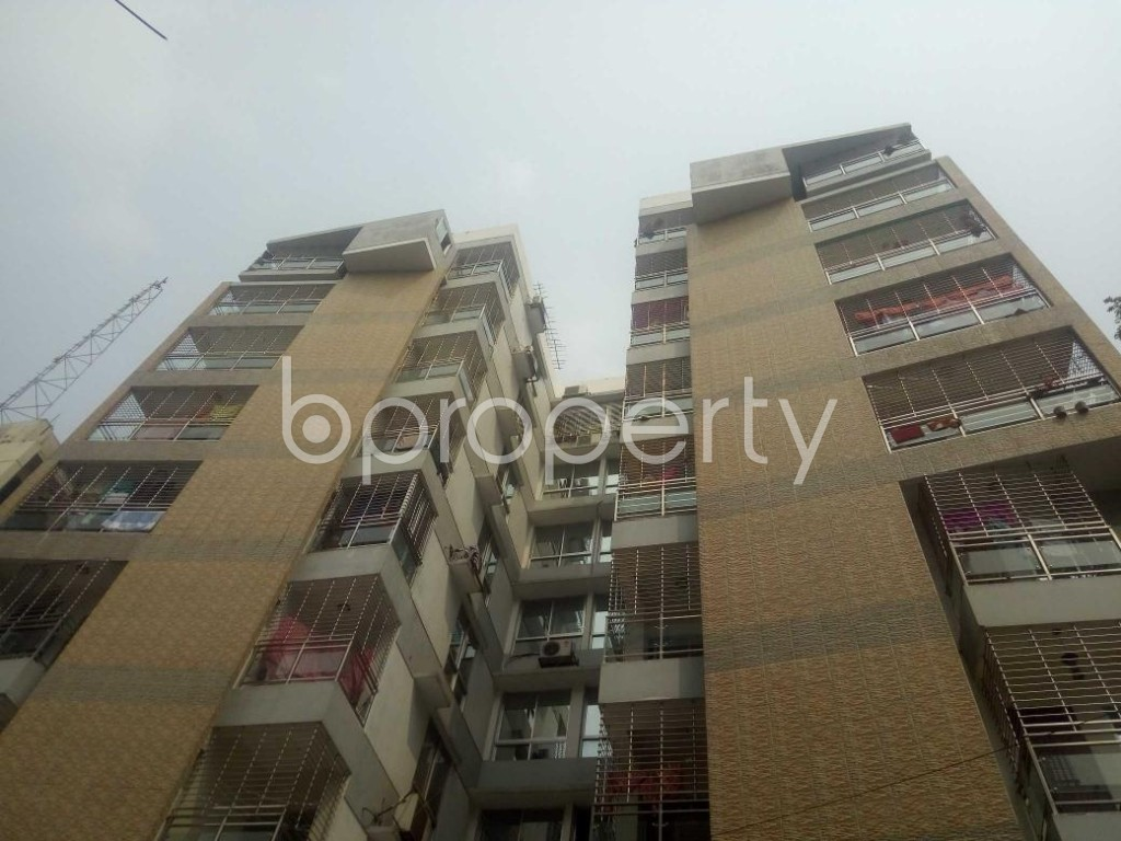 Front view - 3 Bed Apartment to Rent in Baridhara, Dhaka - 1866280