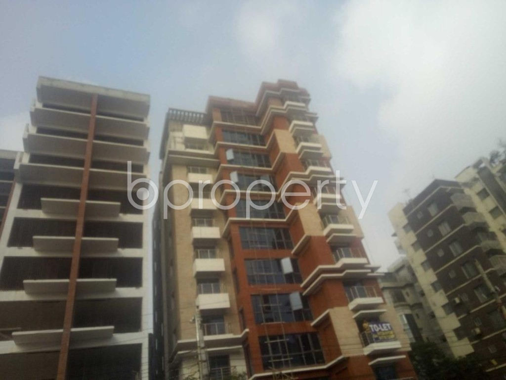 Front view - 4 Bed Apartment to Rent in Baridhara, Dhaka - 1866634
