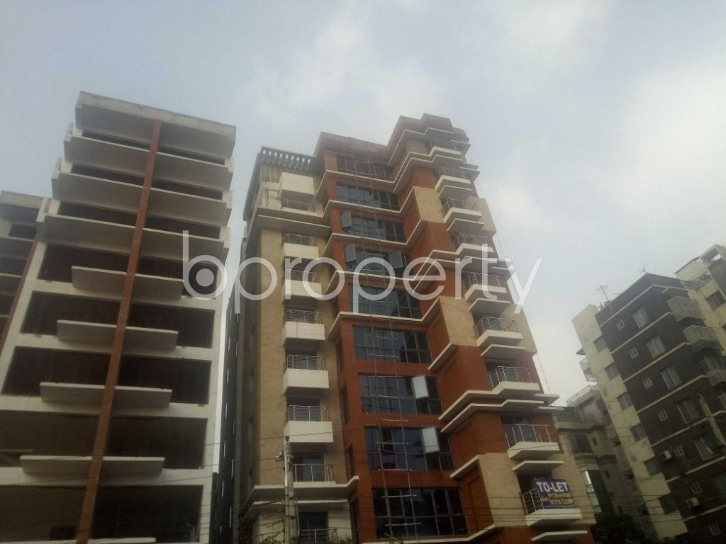 Front view - 4 Bed Apartment to Rent in Baridhara, Dhaka - 1866637