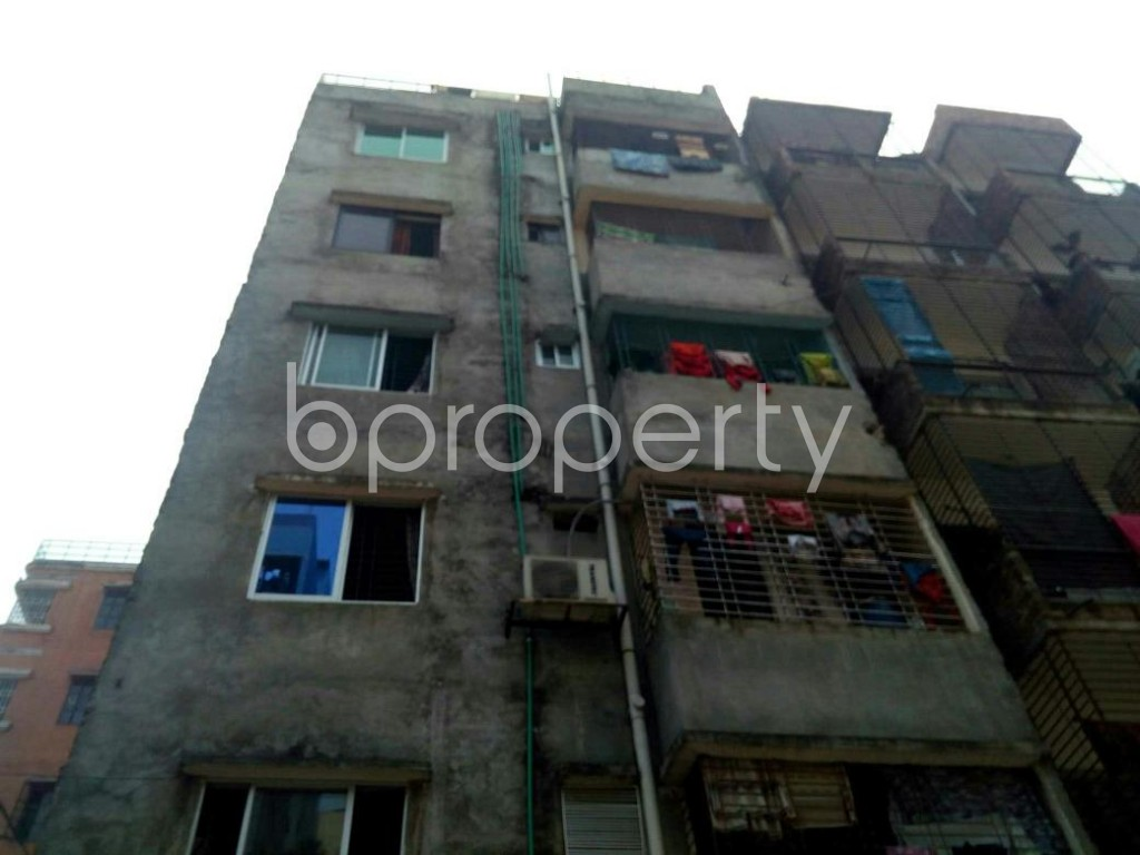 Front view - 3 Bed Apartment to Rent in Mirpur, Dhaka - 1867254