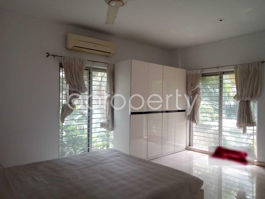 Bedroom - 4 Bed Apartment for Sale in Gulshan, Dhaka - 1869971