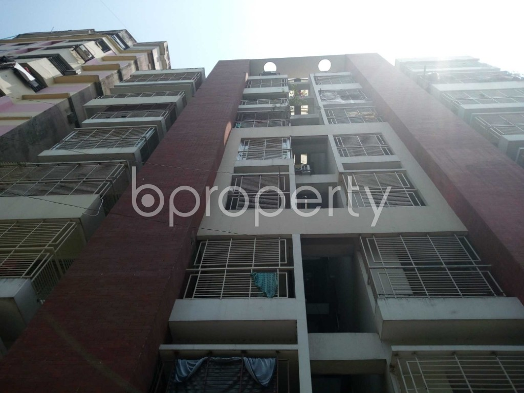 Front view - 3 Bed Apartment for Sale in 22 No. Enayet Bazaar Ward, Chattogram - 1871022