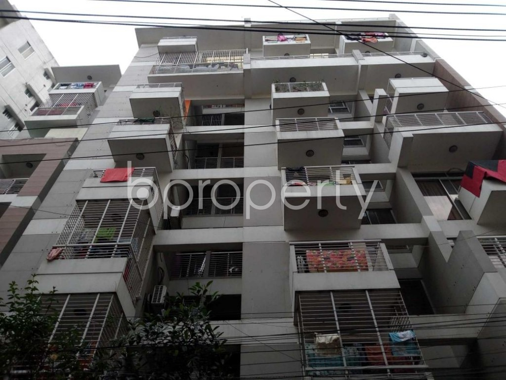 Front view - 3 Bed Apartment for Sale in Bangshal, Dhaka - 1874140