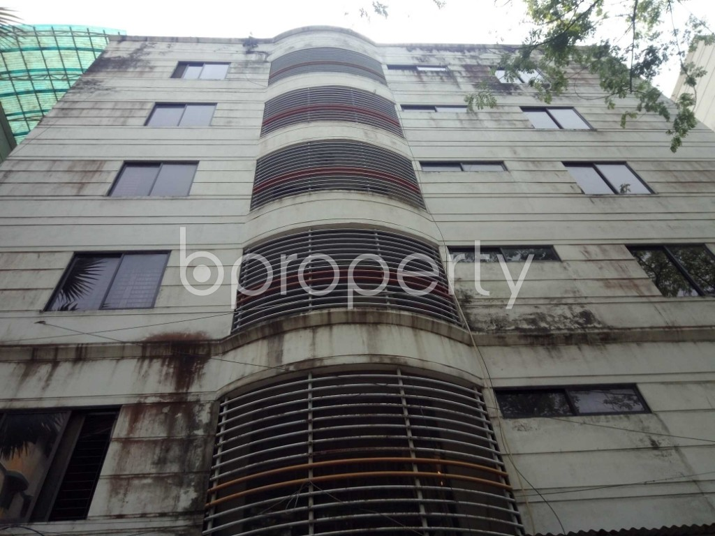 Front view - 3 Bed Apartment to Rent in Gulshan, Dhaka - 1875033