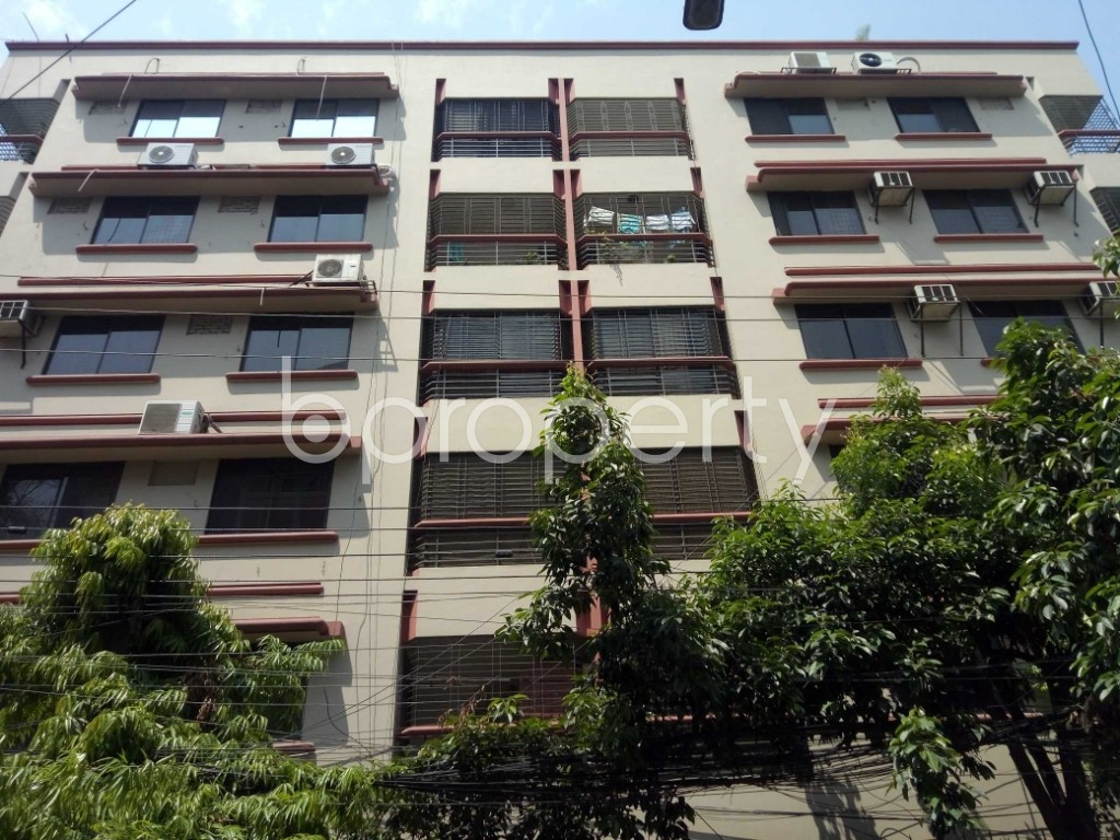 Front view - 3 Bed Apartment to Rent in Gulshan, Dhaka - 1875075