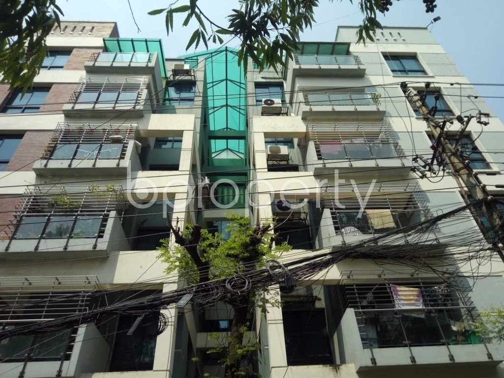 Front view - 3 Bed Apartment to Rent in Gulshan, Dhaka - 1875078