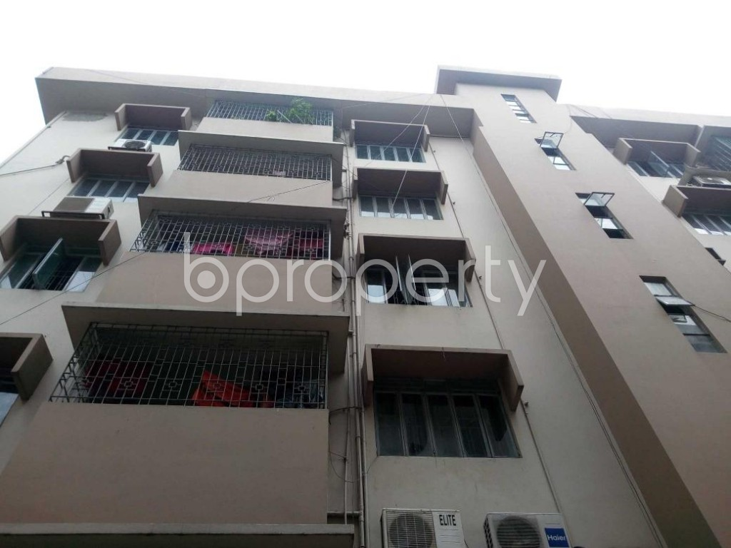 Front view - 3 Bed Apartment for Sale in Shegunbagicha, Dhaka - 1875128