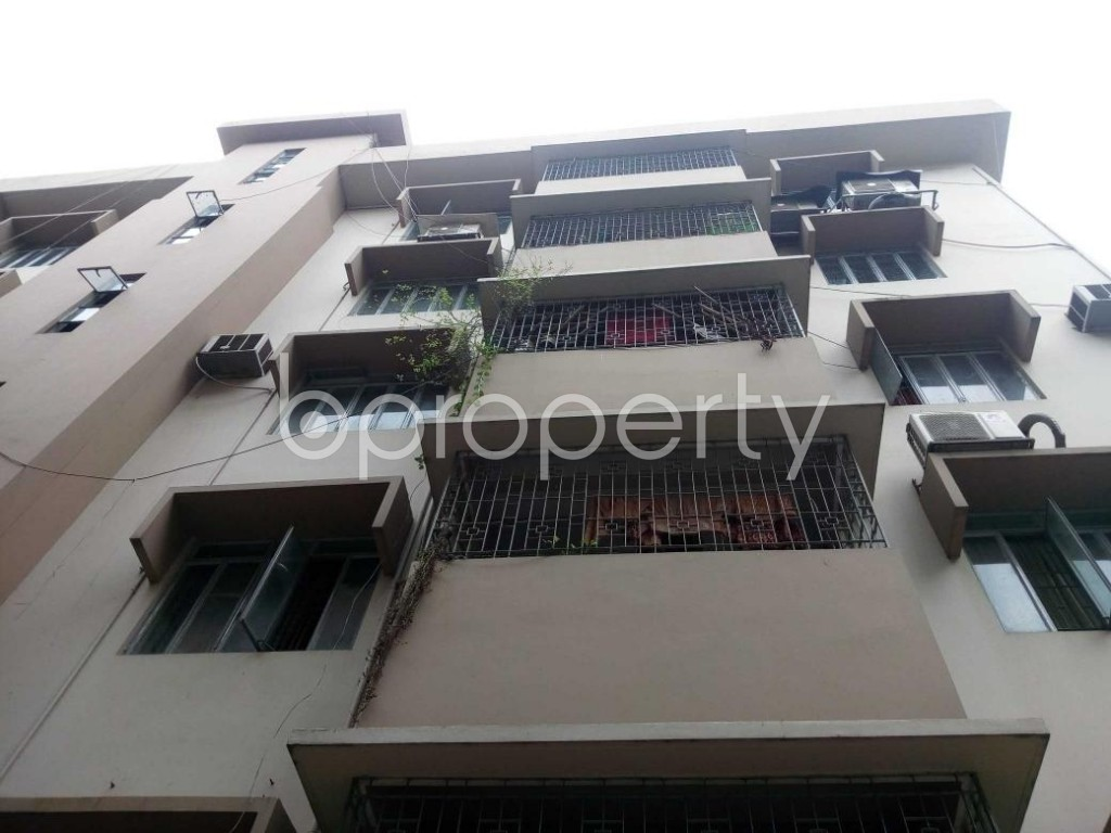 Front view - 3 Bed Apartment for Sale in Shegunbagicha, Dhaka - 1875175