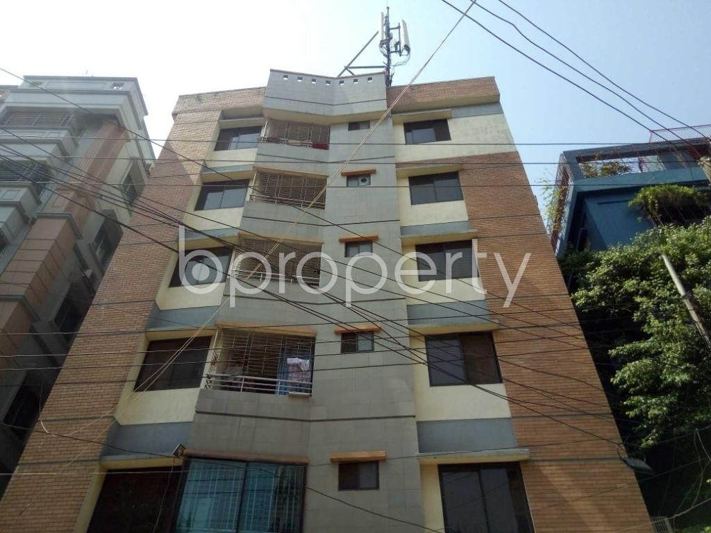 Front view - 3 Bed Apartment for Sale in Lalmatia, Dhaka - 1875327