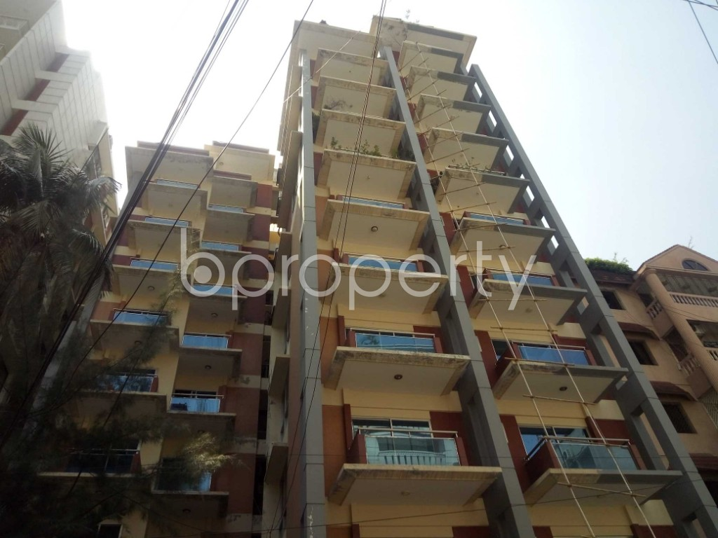 Front view - 3 Bed Apartment to Rent in Gulshan, Dhaka - 1875339