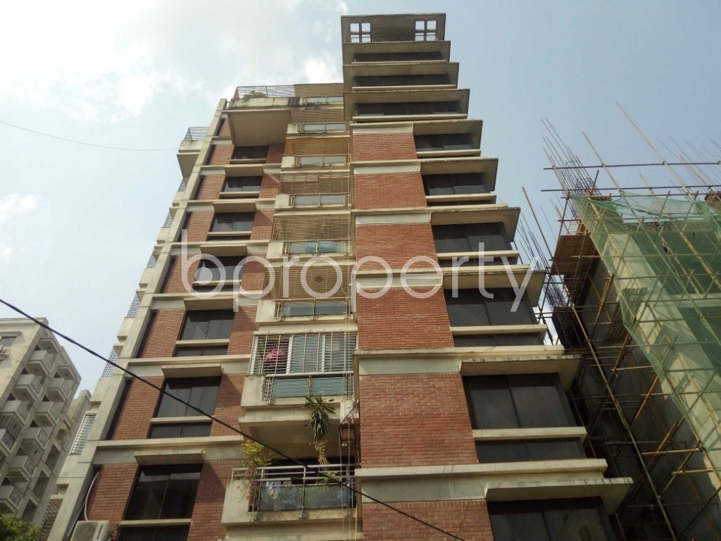 Front view - 3 Bed Apartment to Rent in Gulshan, Dhaka - 1875398