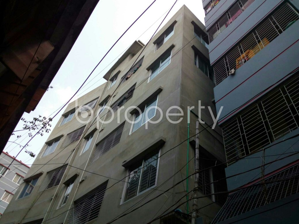 Outside view - 3 Bed Apartment to Rent in Dhanmondi, Dhaka - 1875562