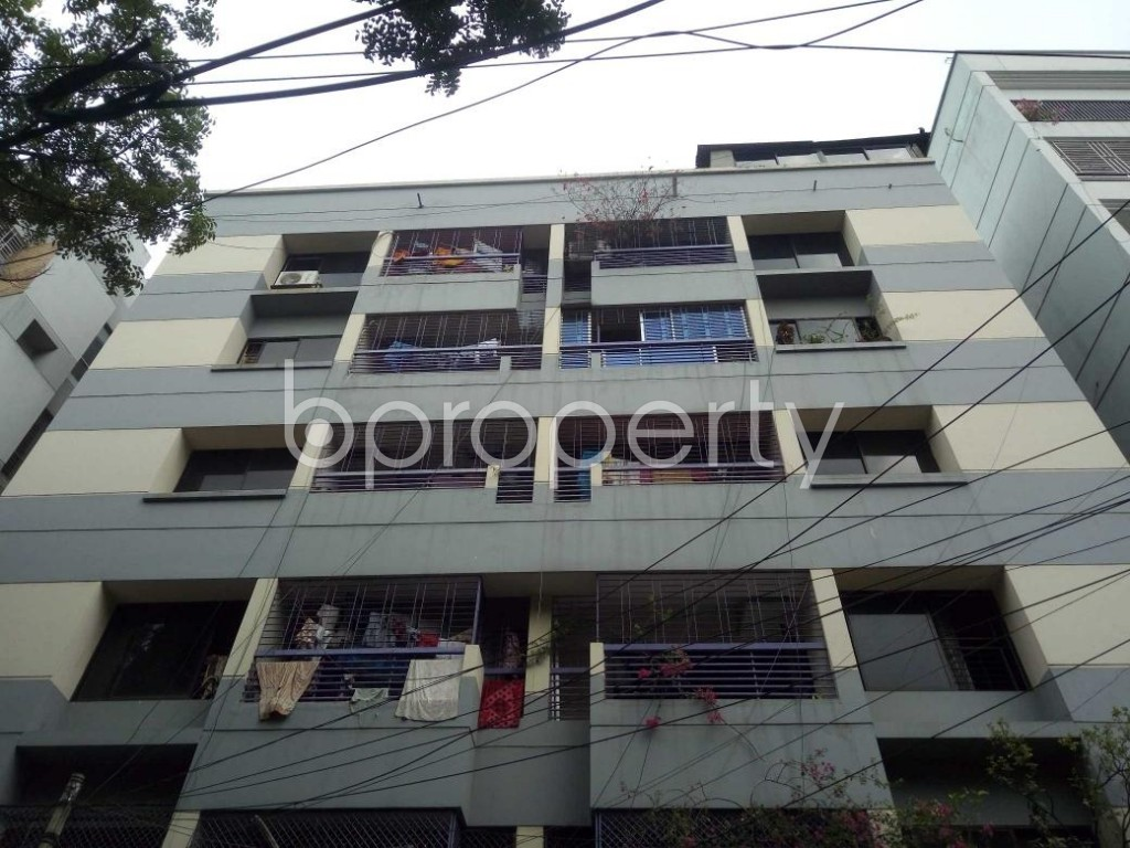 Front view - 3 Bed Apartment to Rent in Lalmatia, Dhaka - 1875658