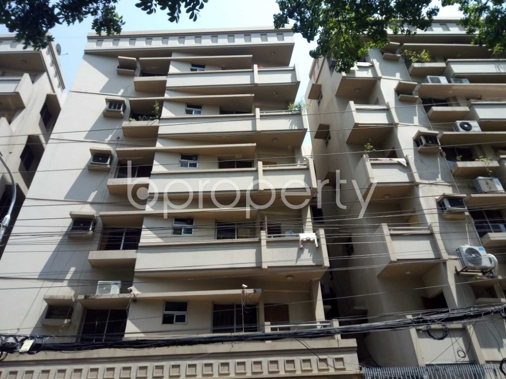 Front view - 3 Bed Apartment to Rent in Gulshan, Dhaka - 1875768