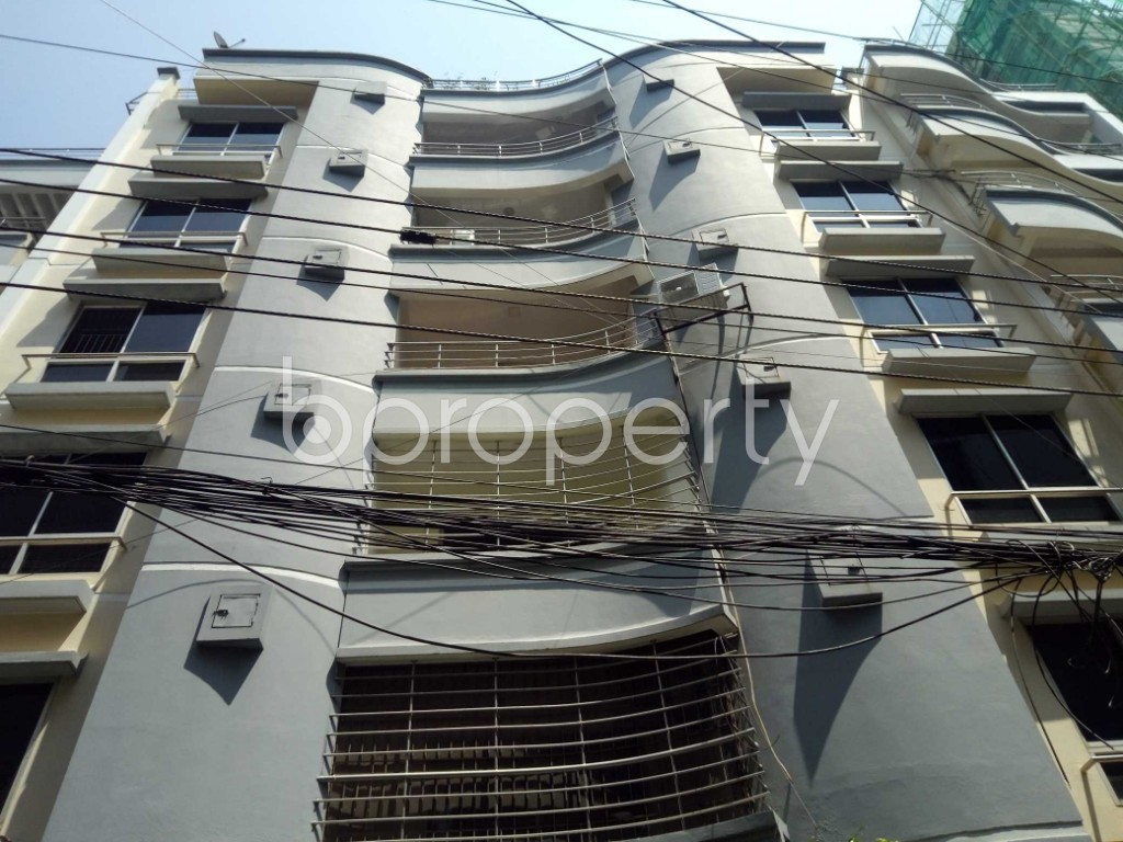 Front view - 4 Bed Apartment to Rent in Gulshan, Dhaka - 1875789