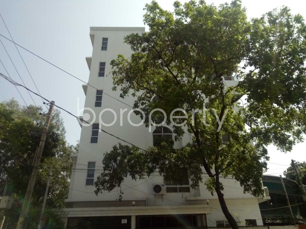 Front view - 3 Bed Apartment to Rent in Gulshan, Dhaka - 1875849