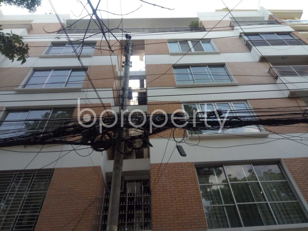 Front view - 3 Bed Apartment to Rent in Gulshan, Dhaka - 1875925