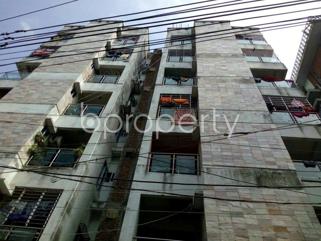 Front view - 3 Bed Apartment to Rent in Dhanmondi, Dhaka - 1876047