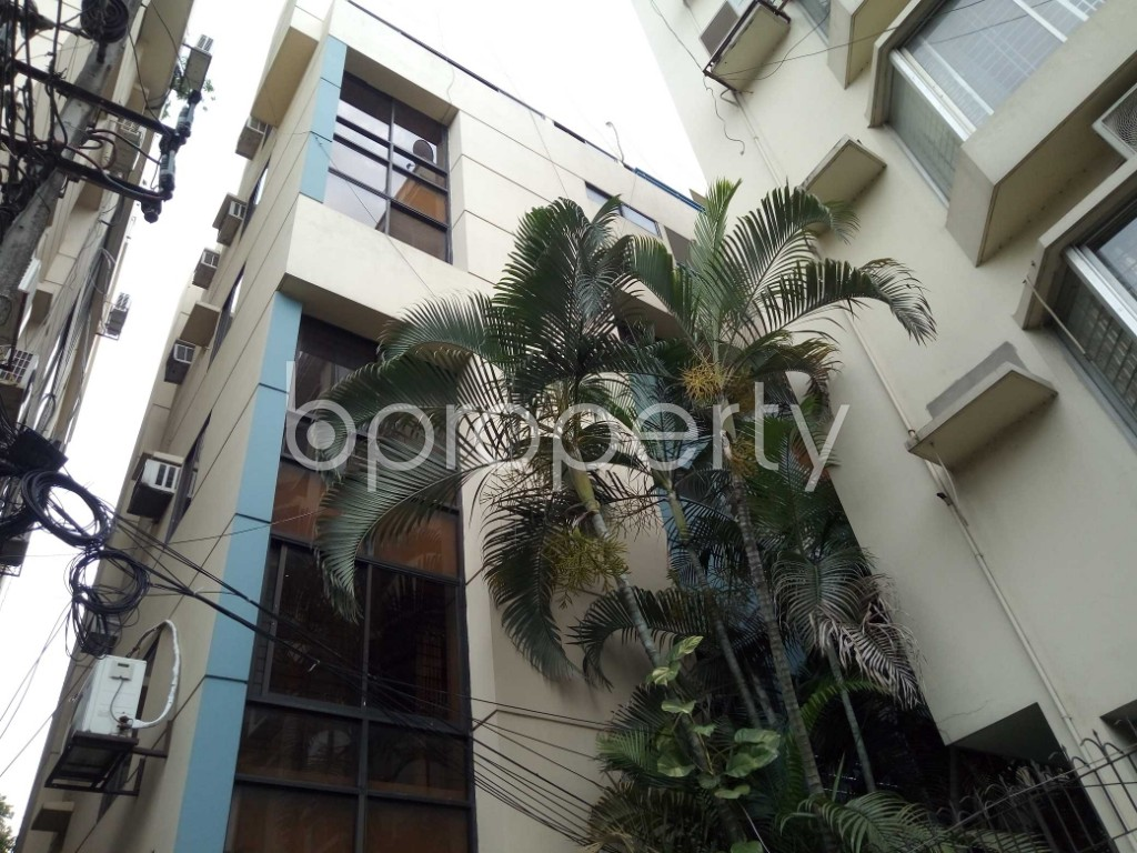 Front view - 3 Bed Apartment to Rent in Gulshan, Dhaka - 1876691