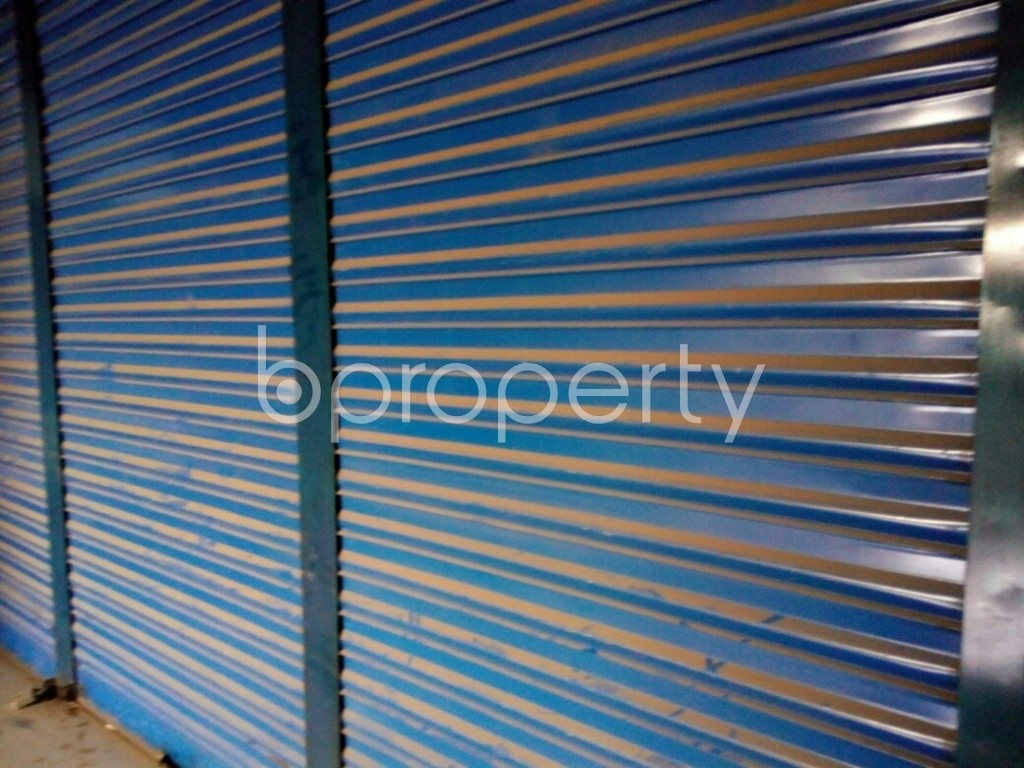 Outside view - Shop to Rent in Hazaribag, Dhaka - 1876818