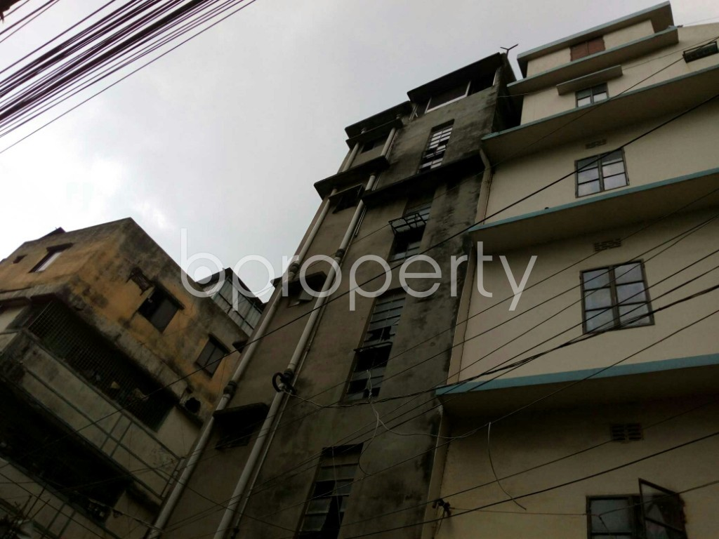 Outside view - 2 Bed Apartment to Rent in Dhanmondi, Dhaka - 1876991