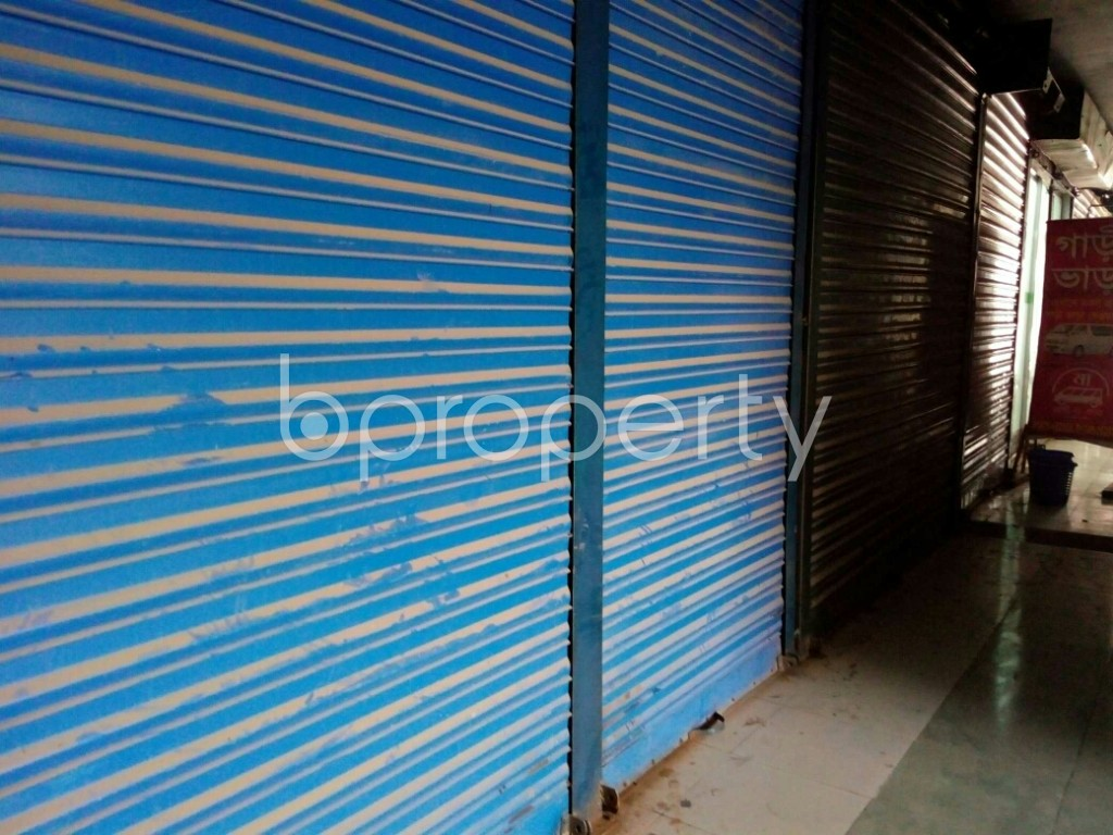 Outside view - Shop to Rent in Hazaribag, Dhaka - 1877008
