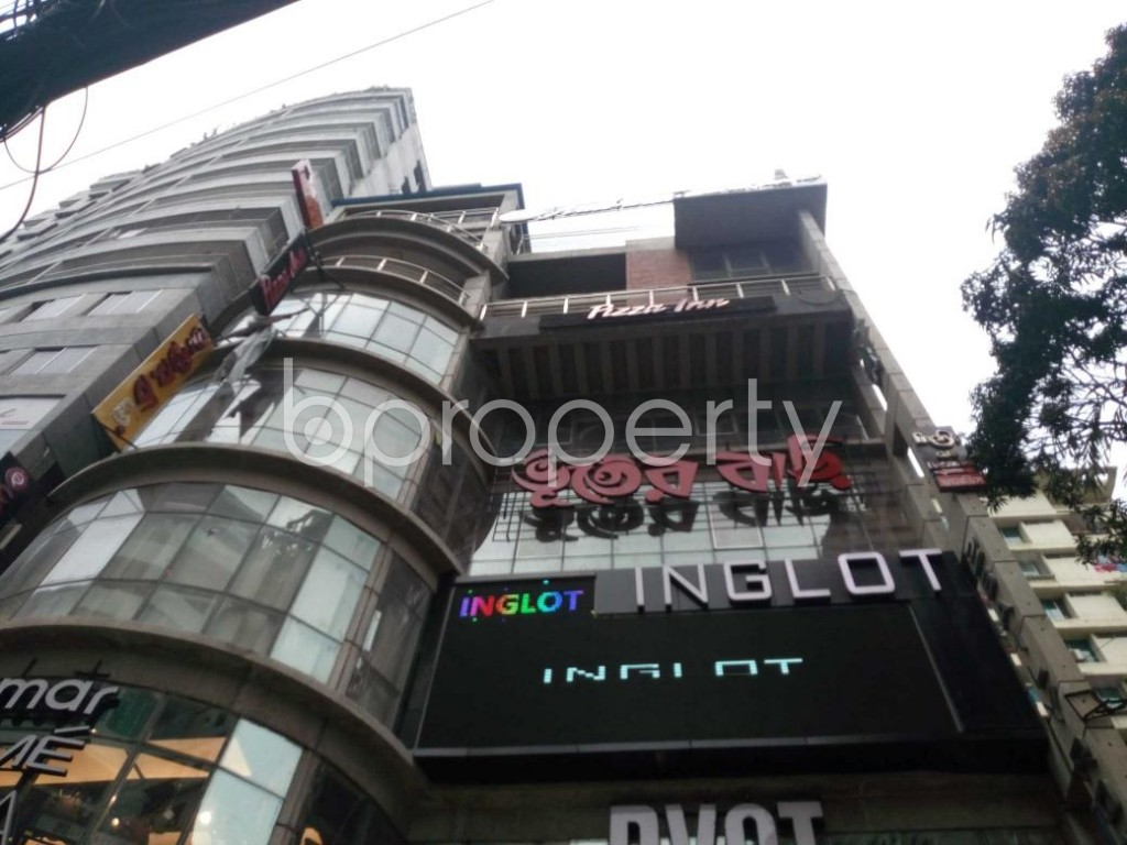 Front view - Shop to Rent in Shiddheswari, Dhaka - 1877040