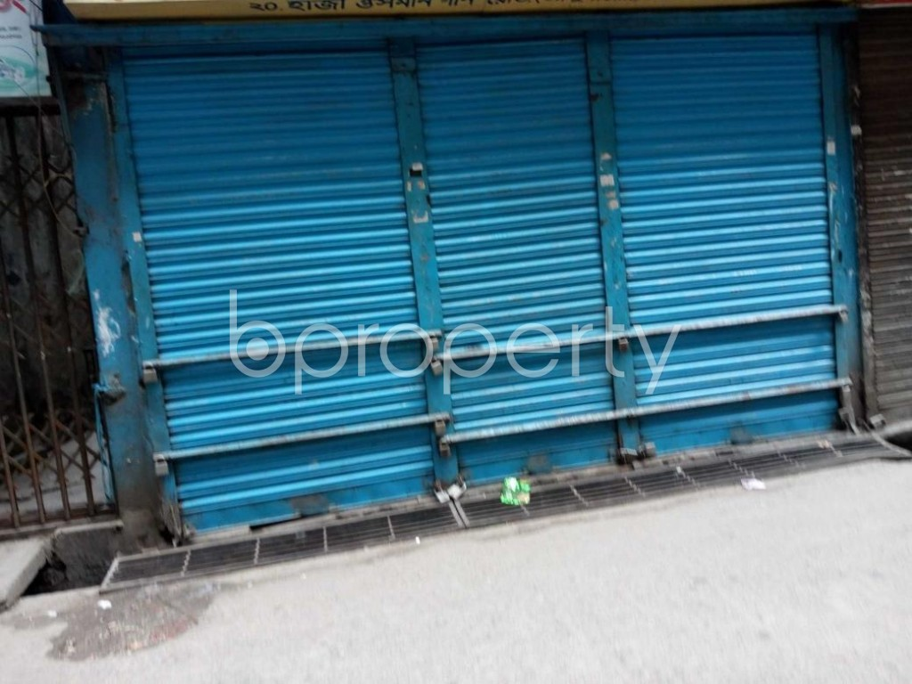 Front view - Shop to Rent in Bangshal, Dhaka - 1877090