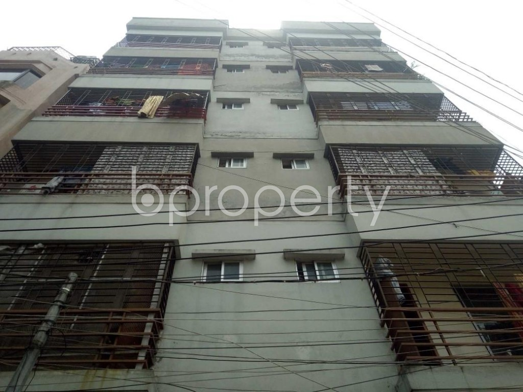 Front view - 3 Bed Apartment for Sale in Banasree, Dhaka - 1877212