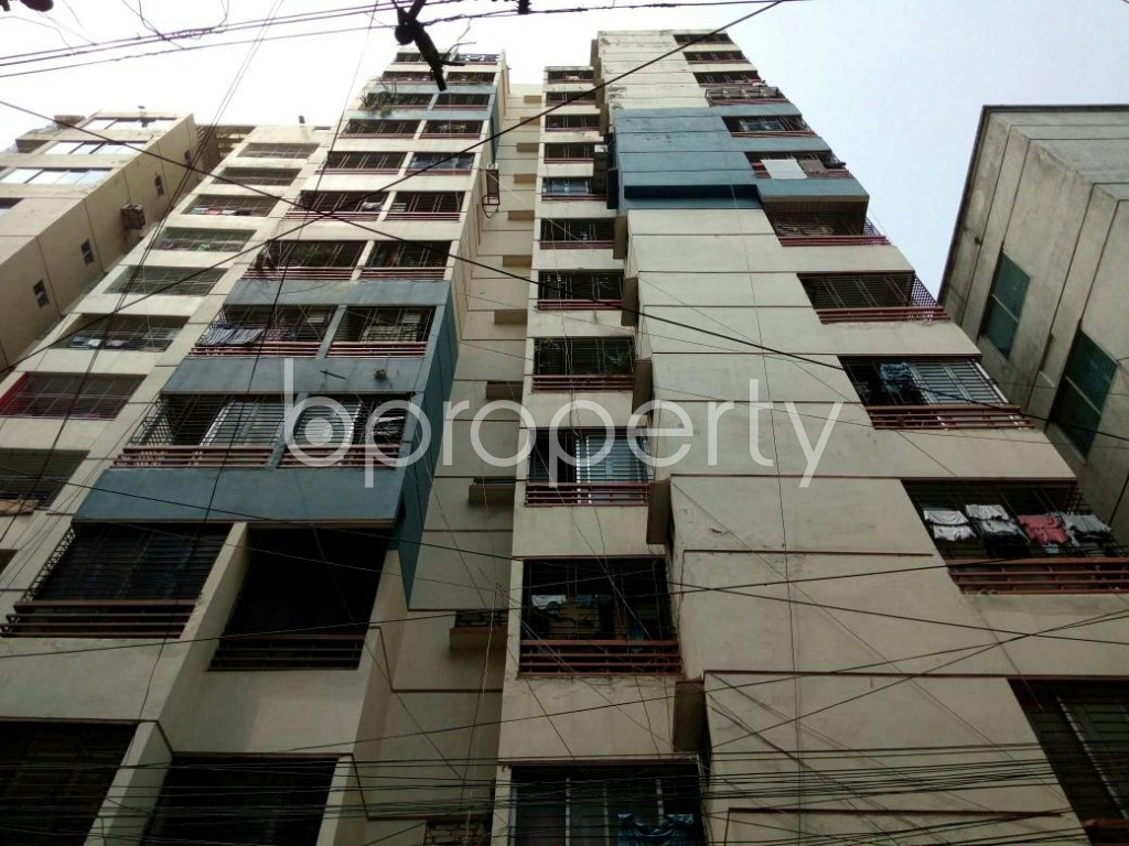 Front view - 3 Bed Apartment to Rent in Dhanmondi, Dhaka - 1877235