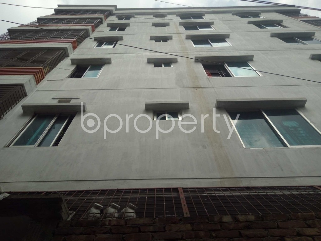 Front view - 3 Bed Apartment to Rent in Mirpur, Dhaka - 1877315