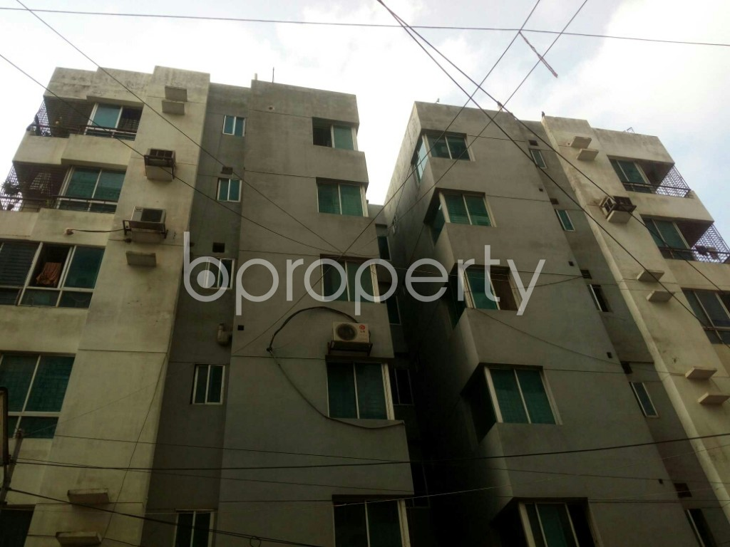 Outside view - 3 Bed Apartment to Rent in Mirpur, Dhaka - 1877495
