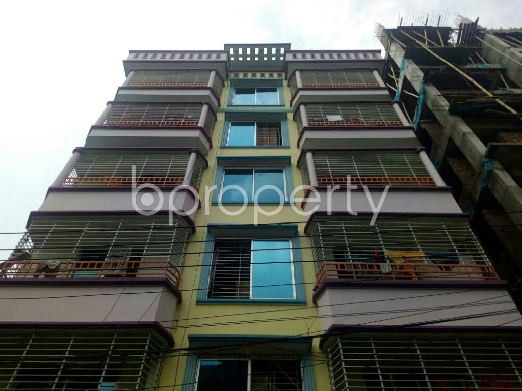 Front view - 2 Bed Apartment to Rent in Bashundhara R-A, Dhaka - 1877291