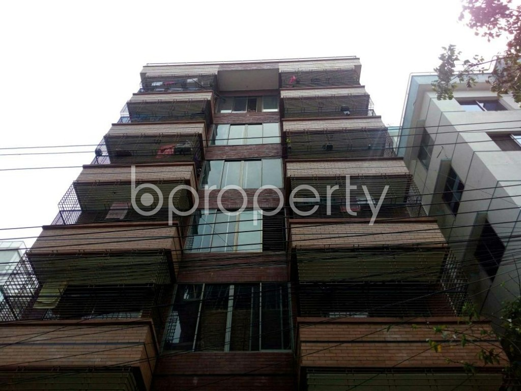 Front view - 2 Bed Apartment to Rent in Bashundhara R-A, Dhaka - 1877409