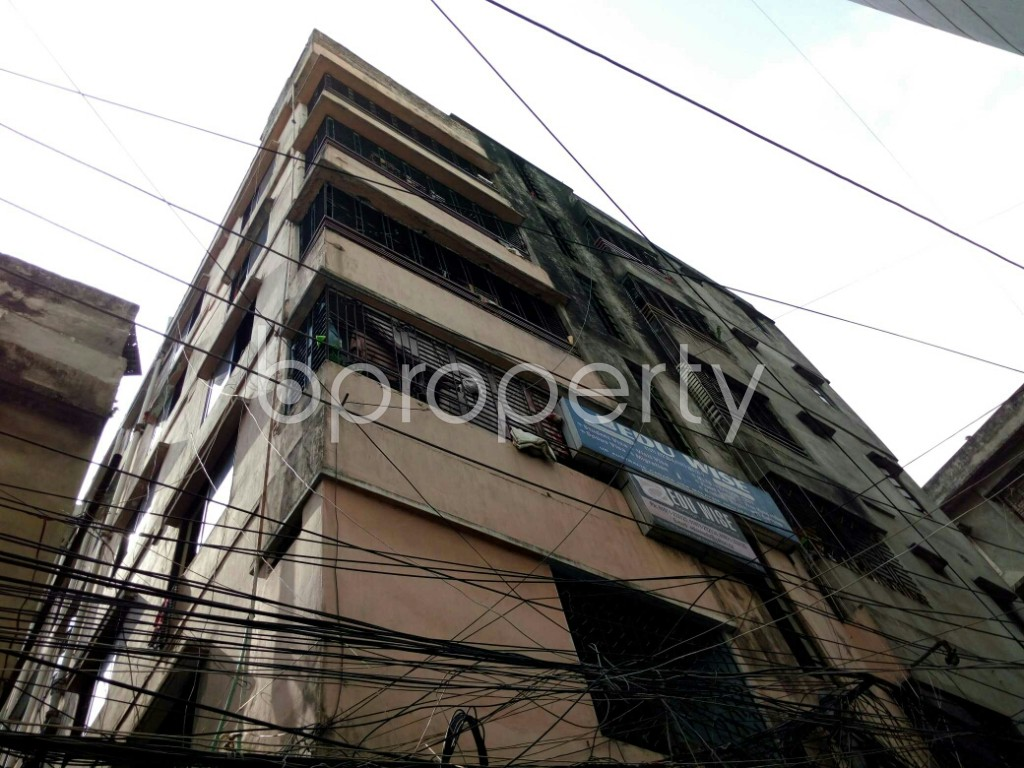 Outside view - 2 Bed Apartment to Rent in Dhanmondi, Dhaka - 1877560