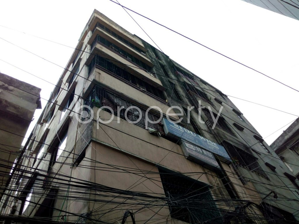 Outside view - 2 Bed Apartment to Rent in Dhanmondi, Dhaka - 1877570