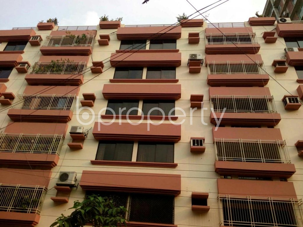 Front view - 3 Bed Apartment for Sale in Dhanmondi, Dhaka - 1881283