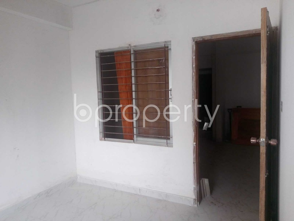 Bedroom - 3 Bed Apartment for Sale in Hatirpool, Dhaka - 1882051