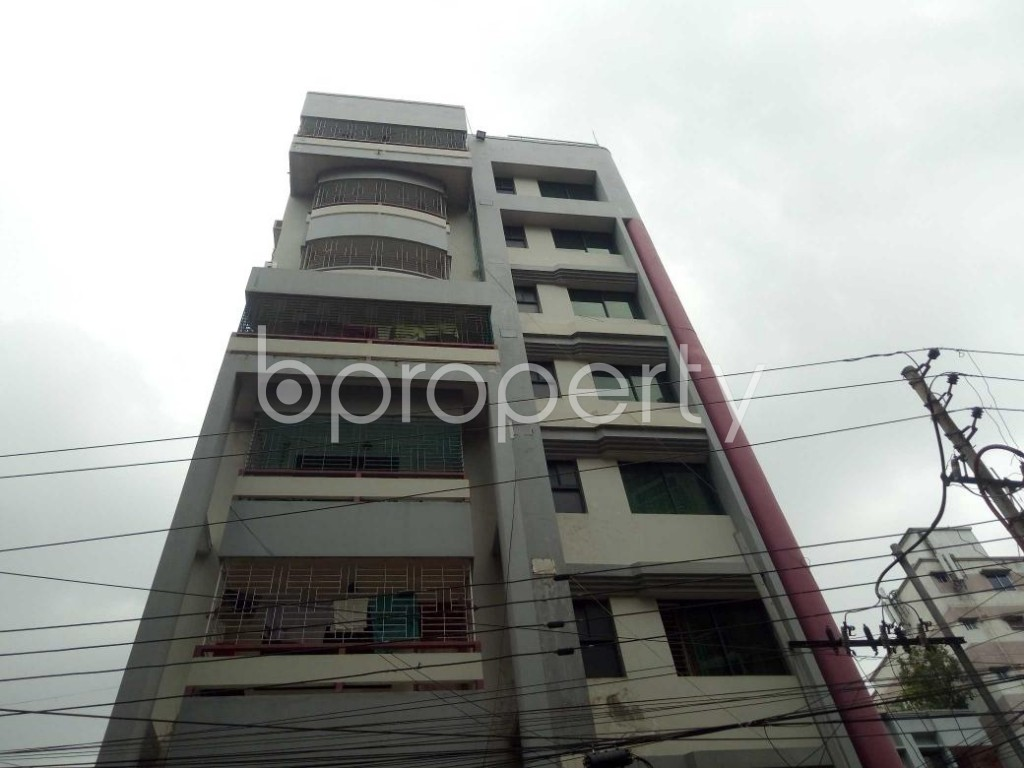 Front view - 3 Bed Apartment to Rent in Lalmatia, Dhaka - 1882308
