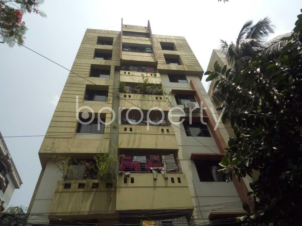 Front view - 3 Bed Apartment for Sale in Lalmatia, Dhaka - 1882383