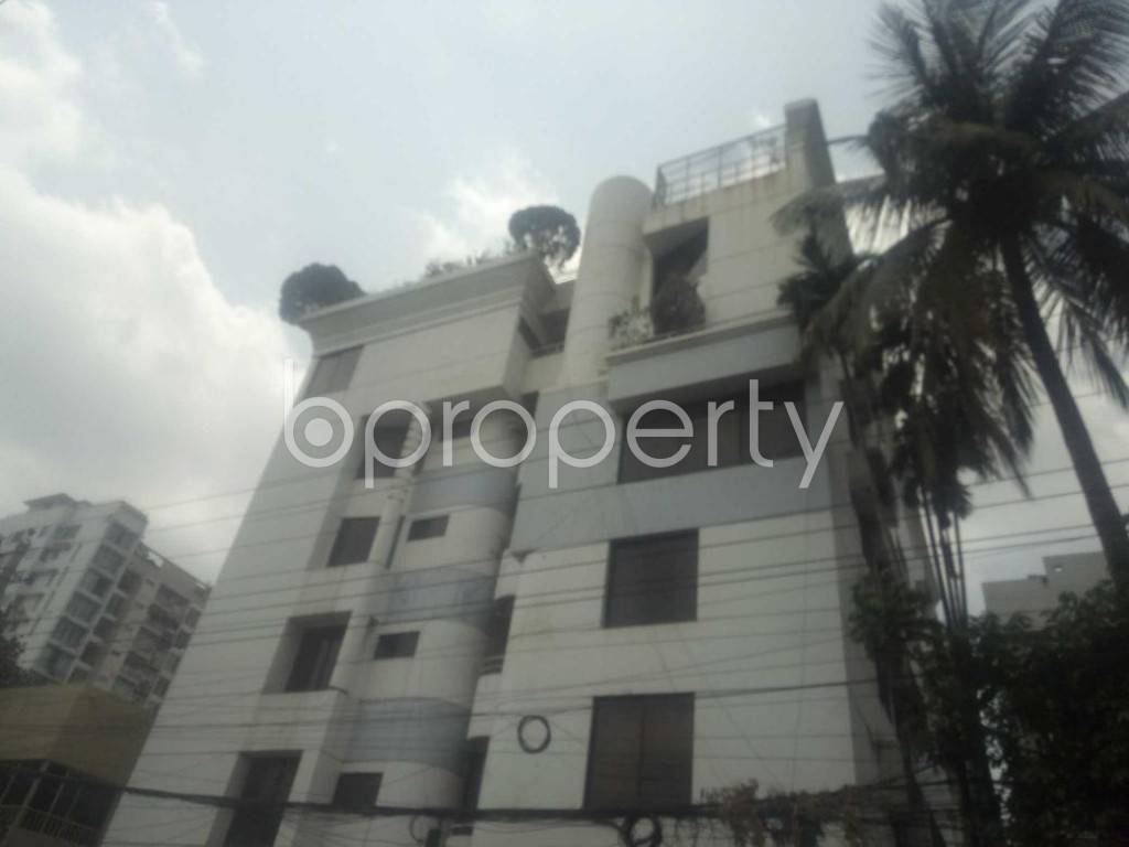 Front view - 3 Bed Apartment to Rent in Baridhara, Dhaka - 1882904