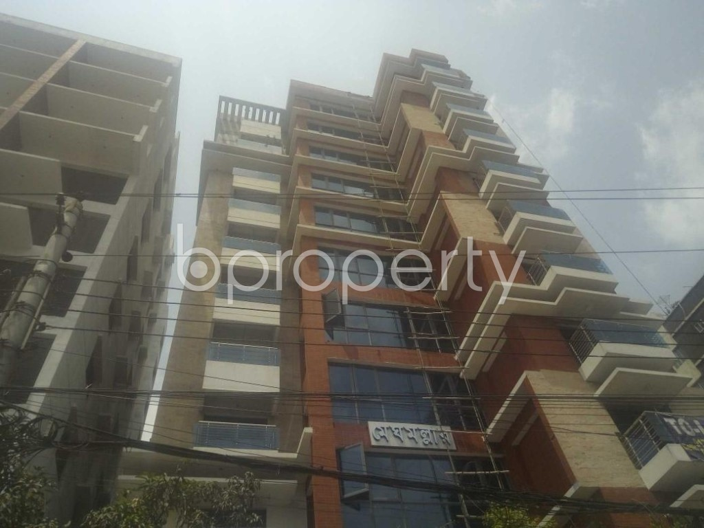 Front view - 4 Bed Apartment to Rent in Baridhara, Dhaka - 1883163
