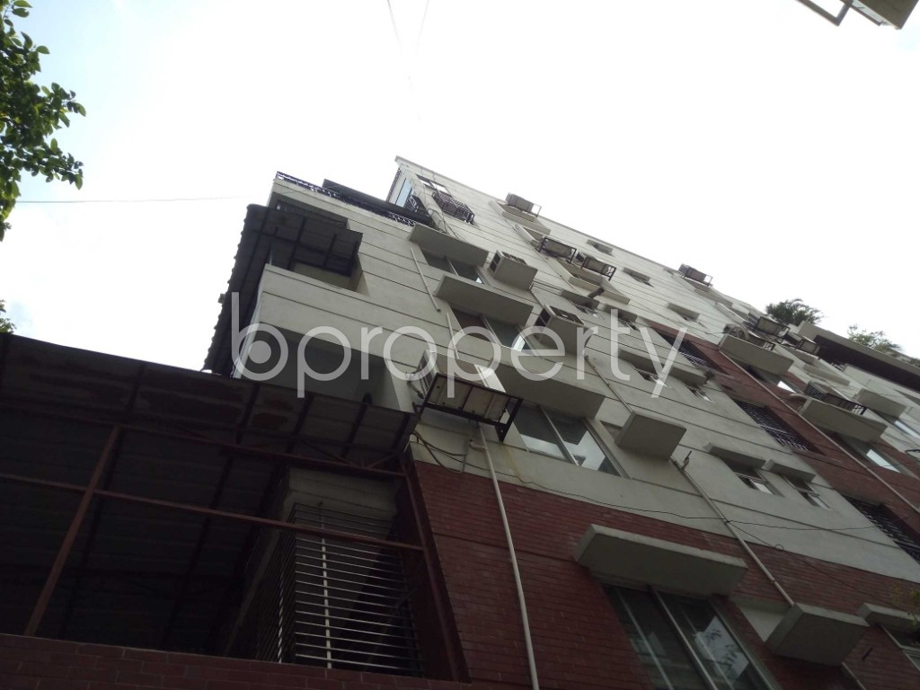 Outside view - 3 Bed Apartment to Rent in Banani, Dhaka - 1883804