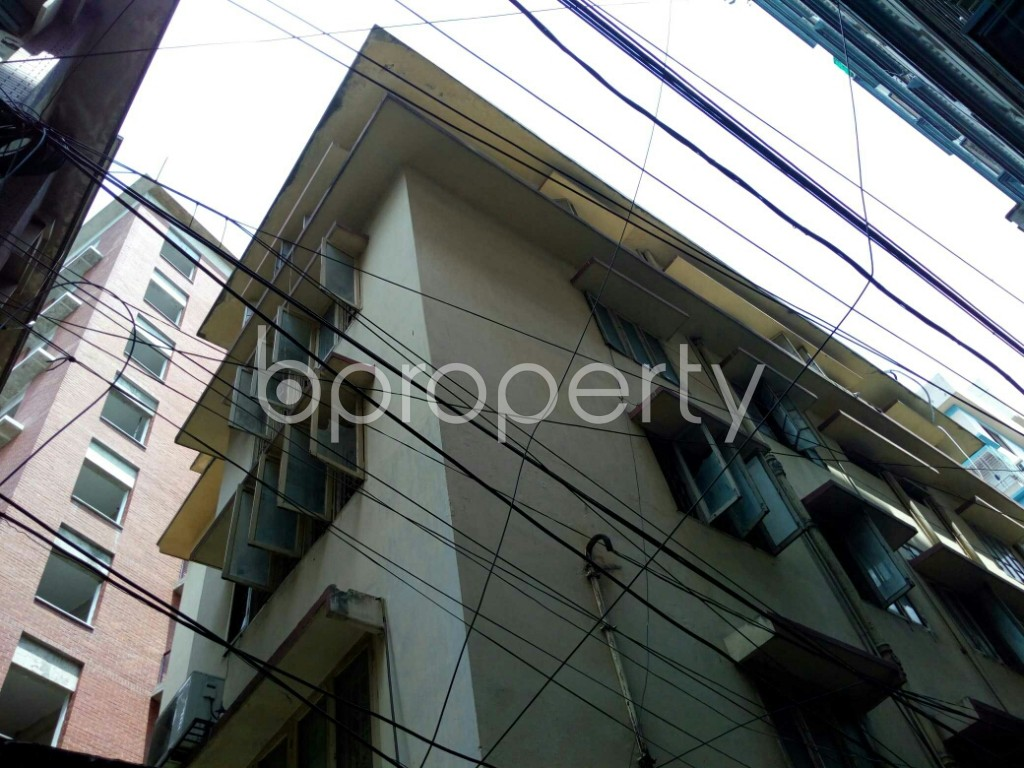 Outside view - 2 Bed Apartment to Rent in Dhanmondi, Dhaka - 1884402