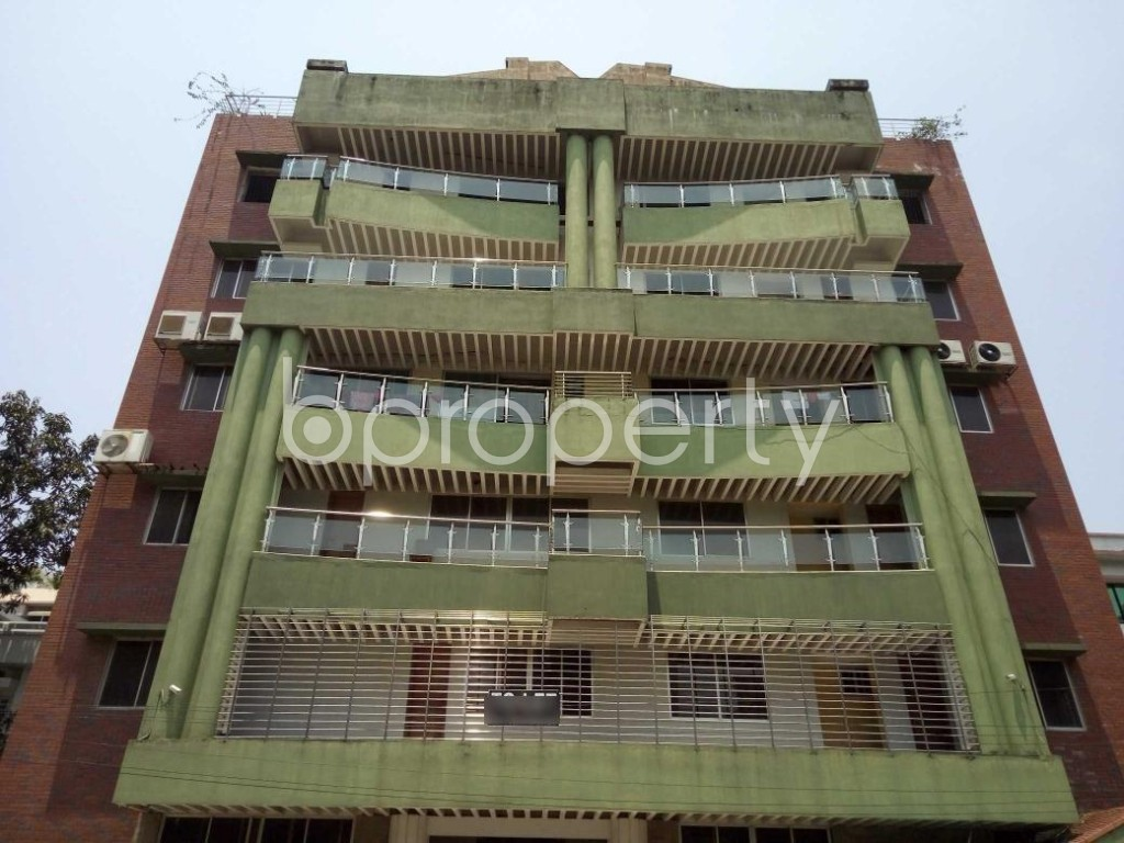Front view - 4 Bed Apartment to Rent in Banani, Dhaka - 1884672