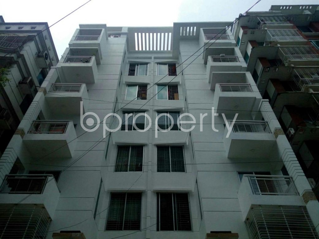 Front view - 4 Bed Apartment for Sale in Bashundhara R-A, Dhaka - 1884746