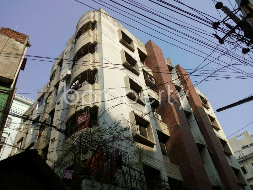 Outside view - 2 Bed Apartment to Rent in Dhanmondi, Dhaka - 1884899