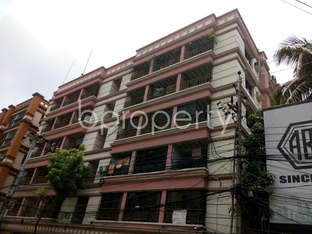 Outside view - 4 Bed Apartment to Rent in Dhanmondi, Dhaka - 1885206